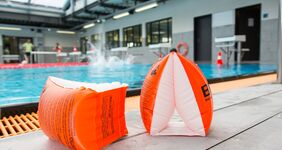 Schwimmen lernen in der GraftTherme