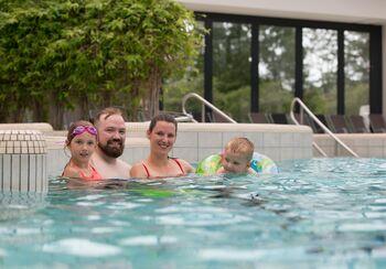 Ganz exklusiv: Familienschwimmen - Schwimmbad mieten